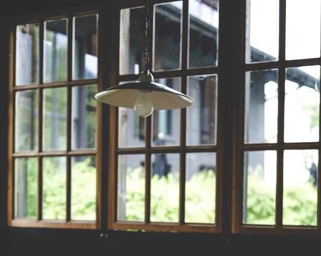 Συρόμενα ξύλινα παράθυρα