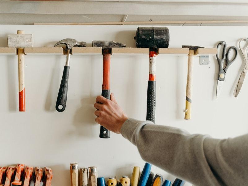 Εργαλεία για κατεδάφιση