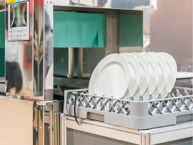 Επαγγελματικό πλυντήριο πιάτων τύπου τούνελ